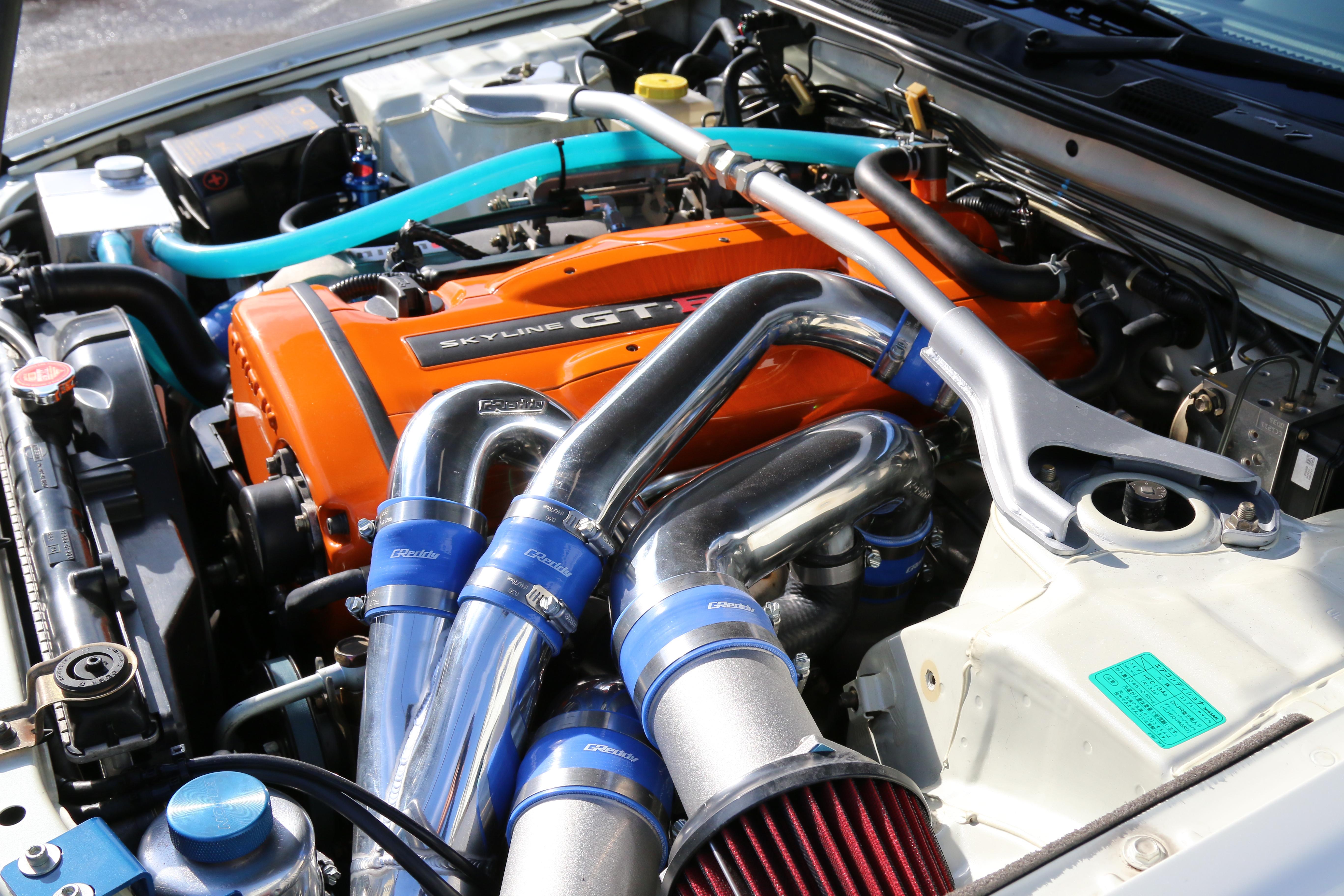 34GT-Rエンジンルーム